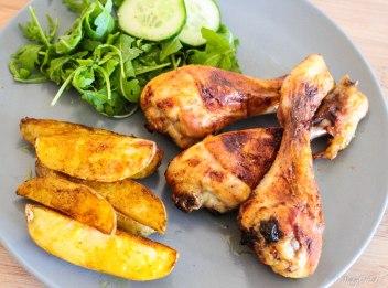 gemarineerde kippenbouten met aardappelpartjes