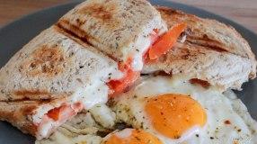 croque tomaat mozzarella