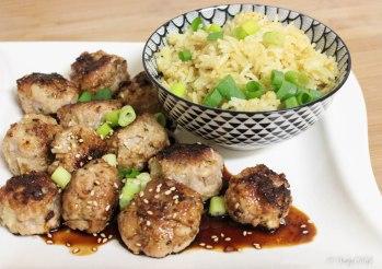 balletjes met soja, lente-ui en rijst