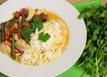 curry met rijst en kip