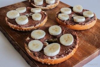 Bagel met choco en banaan