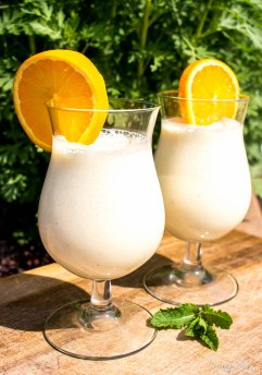 Smoothie van yoghurt en sinaasappel