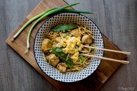 Pikante wok met kip en snijbonen