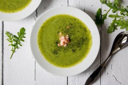 Soep van courgette, rucola en komkommer