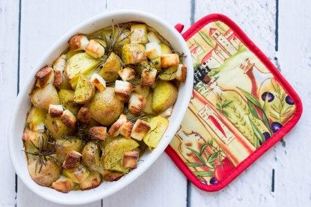 Aardappelen uit de oven met halloumi
